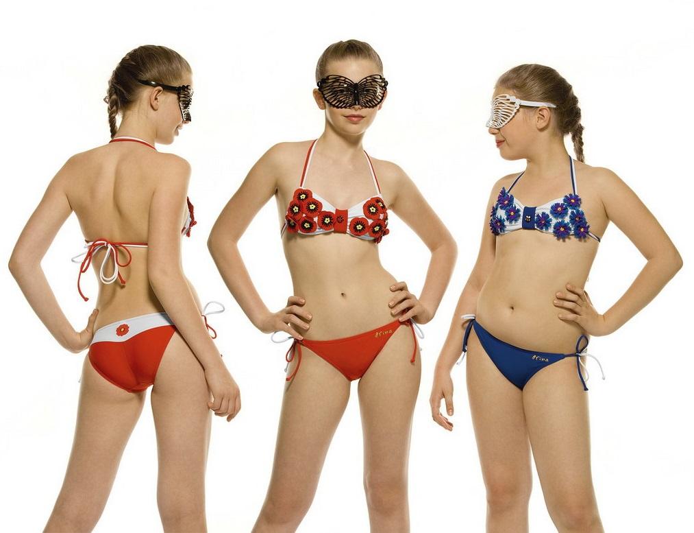 Юные девочки в купальнике 20 фотография